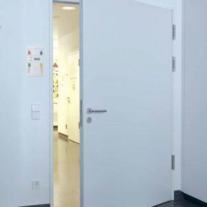 Puerta Abatible cuartos fríos